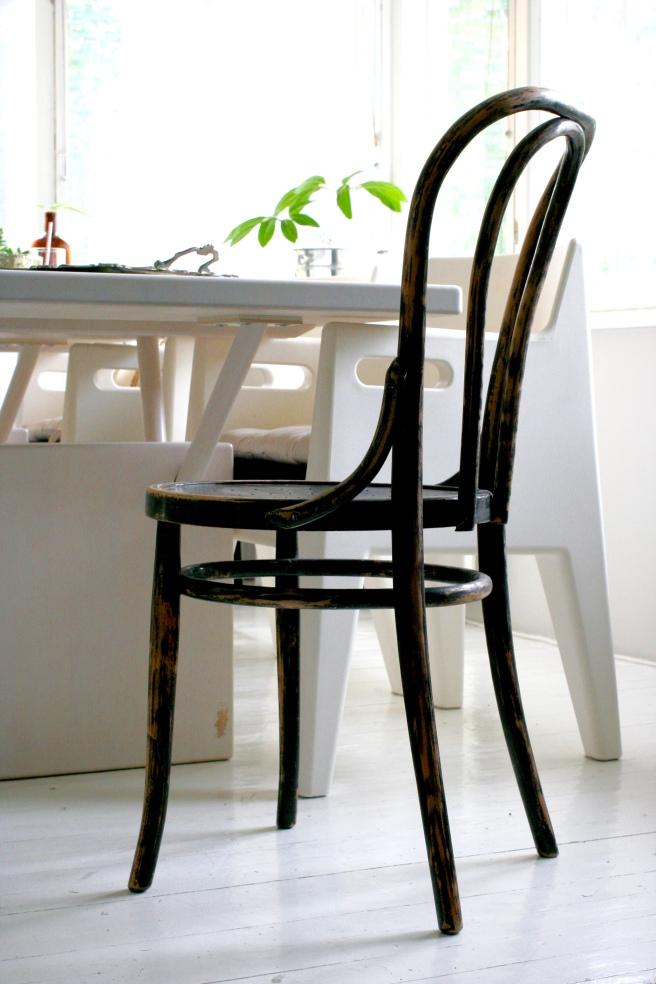 ton tuoli, wieniläistuoli, kahvilatuoli