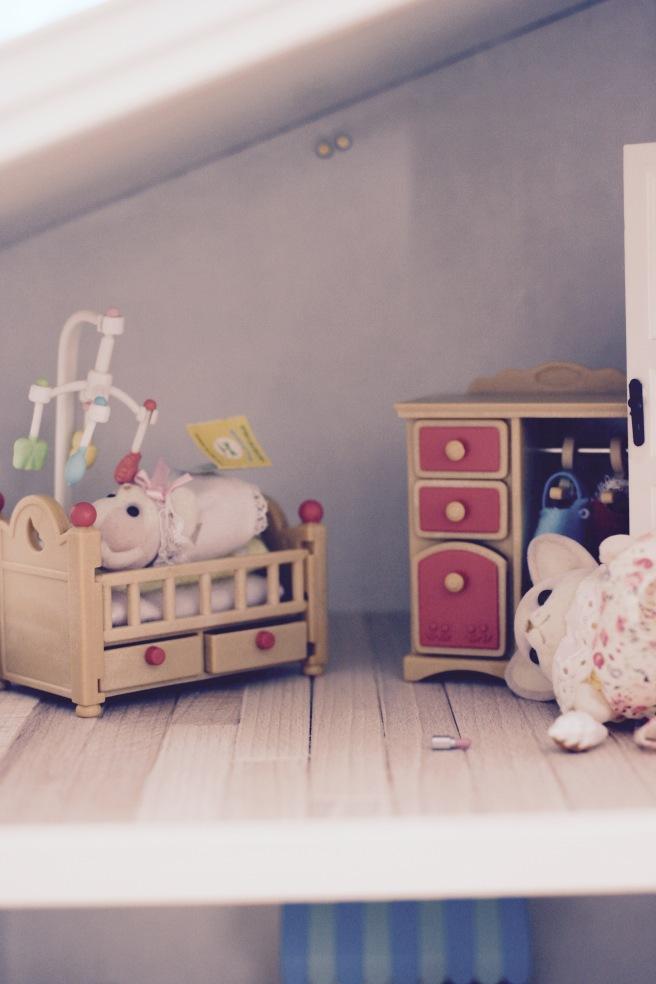 nukkekodin lastenhuone