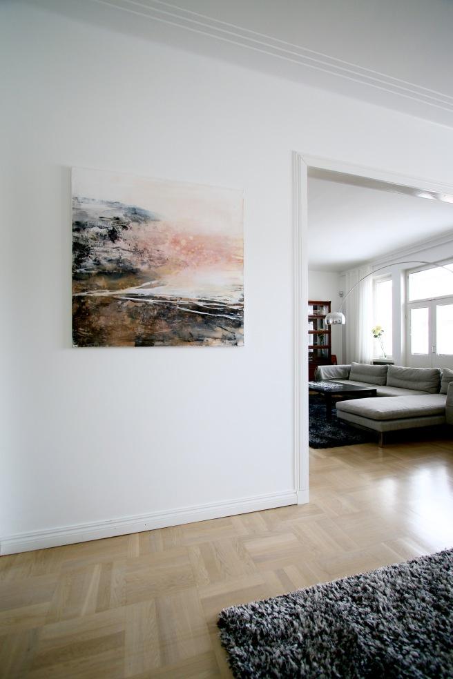 maalaus seinällä