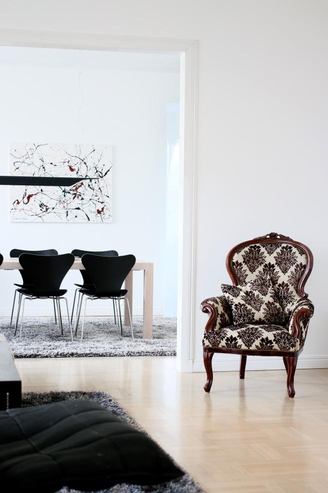 vanha tuoli