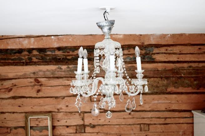 chandelier, logwall