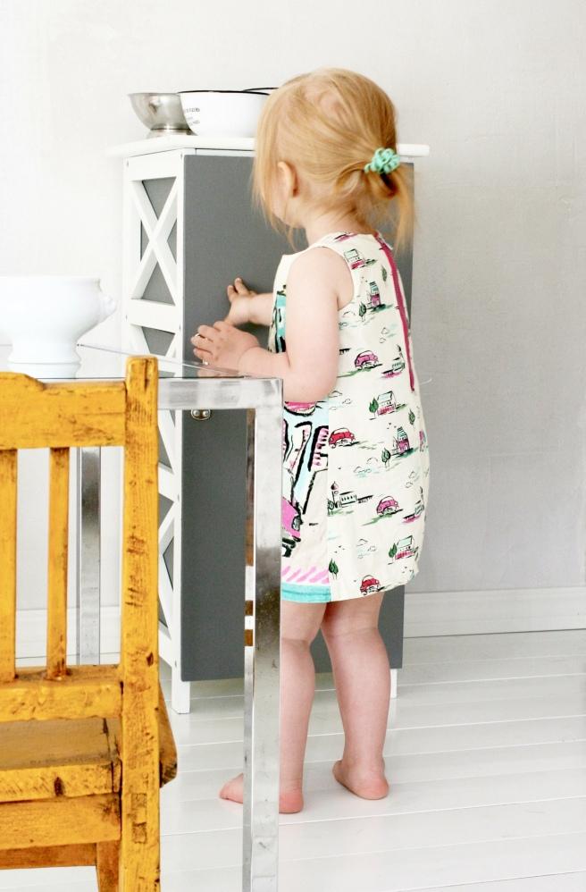 pikkutytön mekko