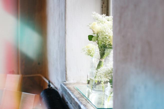 kukkia häissä