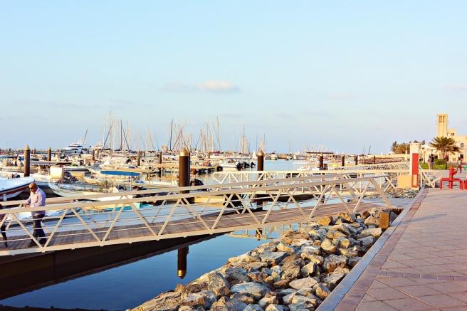 Dubai sailing club, hyvä kalaravintola