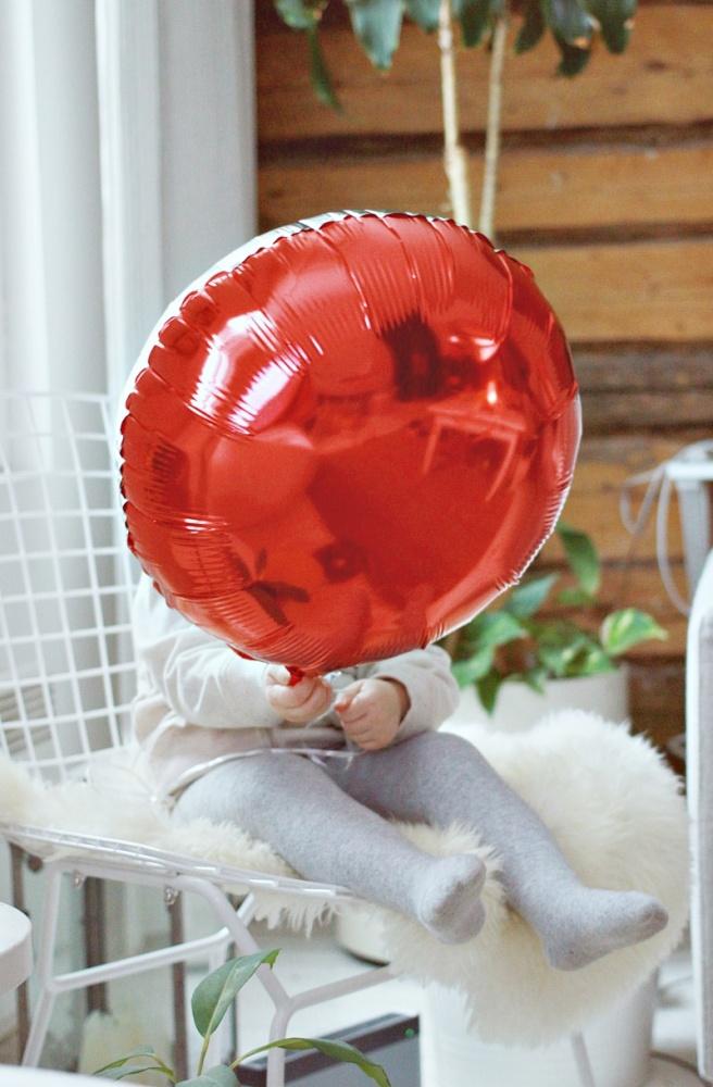 punainen ilmapallo