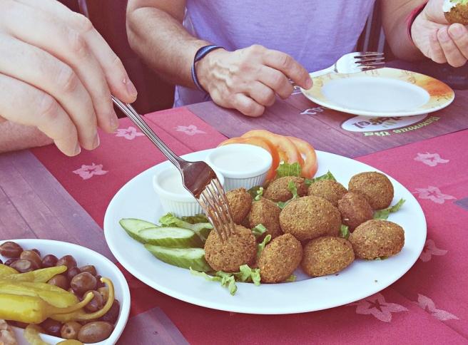 Ruokamatka dubaissa, emirate cuisine