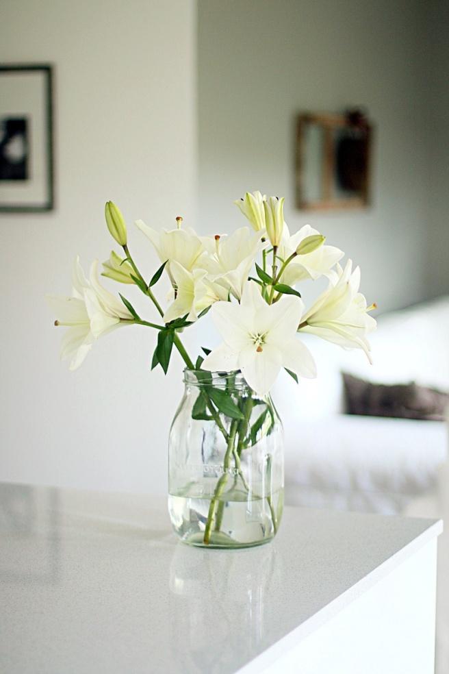 liljat lasipurkissa